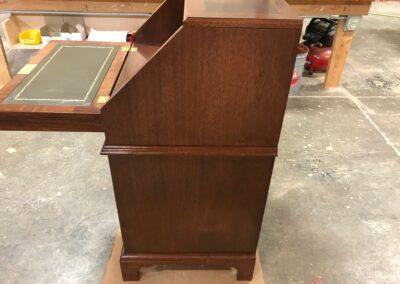 Desk right side