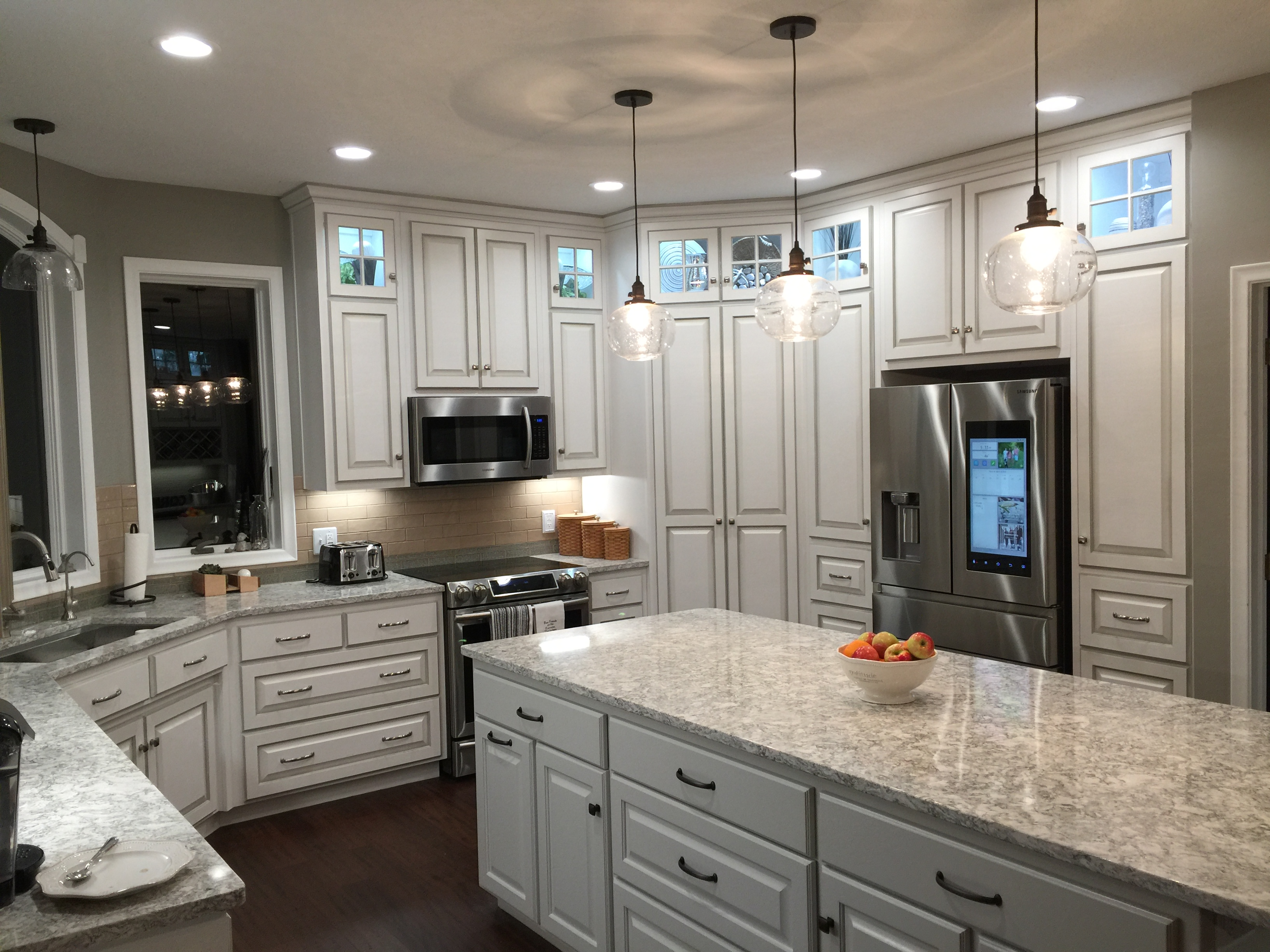 White Painted with Glaze Kitchen