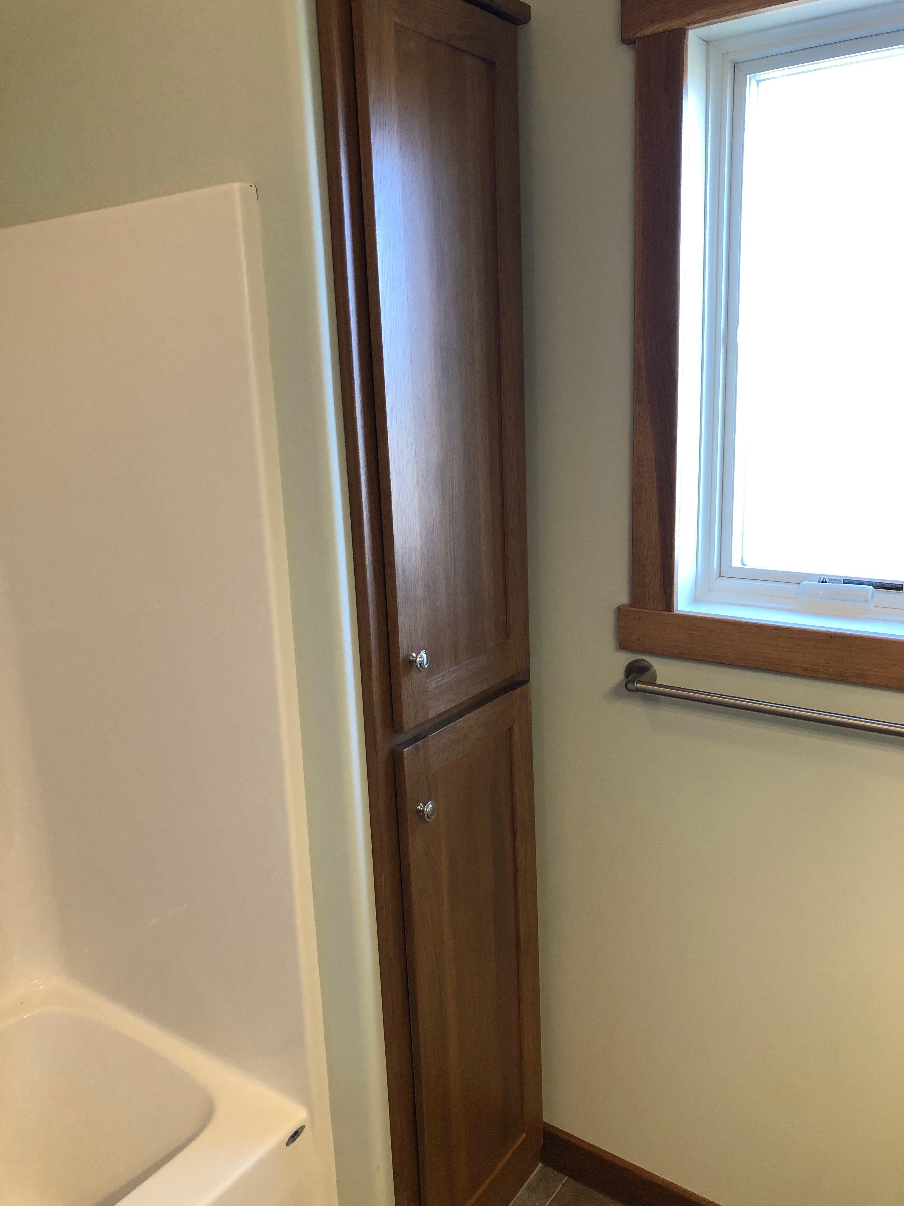 Hickory Bathroom Linen