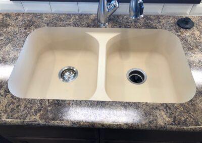 Laminate Countertop, undermount sink, bullnose edging